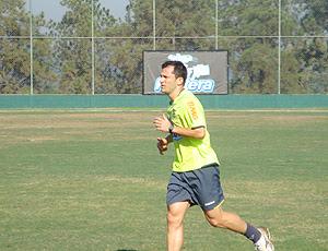 Correa realiza treino físico em Itu