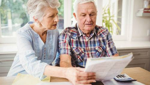 How to Spot Issues With Aging and Financial Decline in Seniors