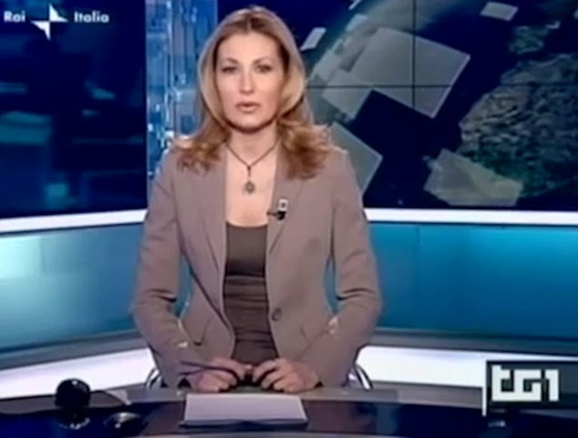 An Italian presenter has been criticised for wearing a crucifix and rosary beads while reading the news