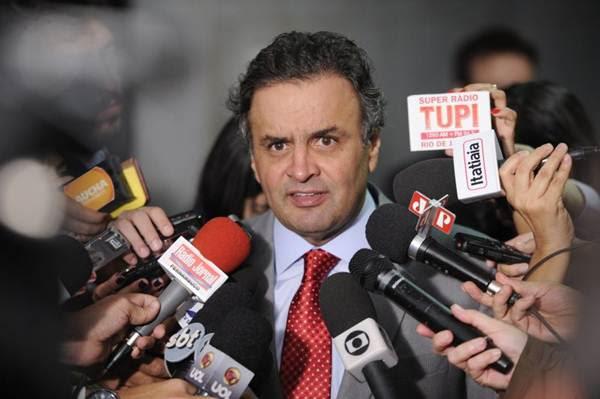 Na aliança com o PTB, a tendência é o senador Aécio Neves ficar com o tempo de televisão do partido (Pedro França/Agência Senado)