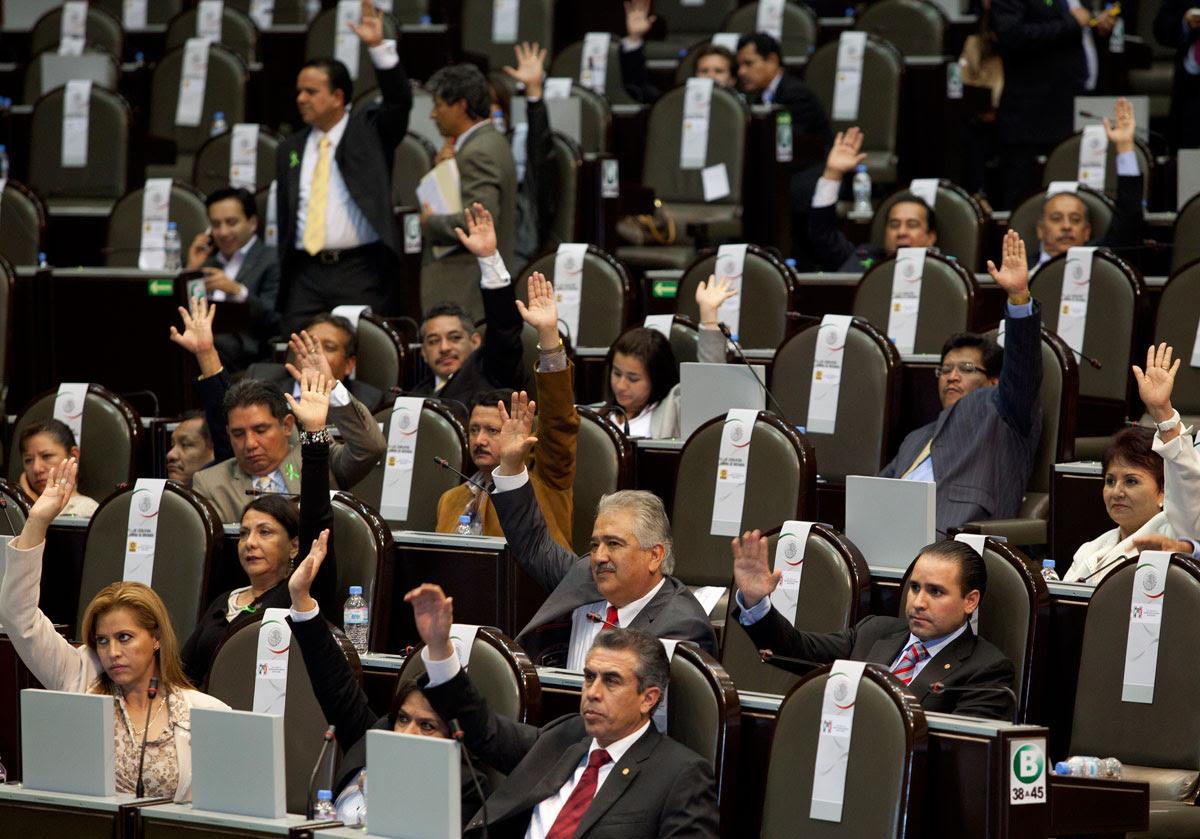 La votación en San Lázaro. Foto: Eduardo Miranda