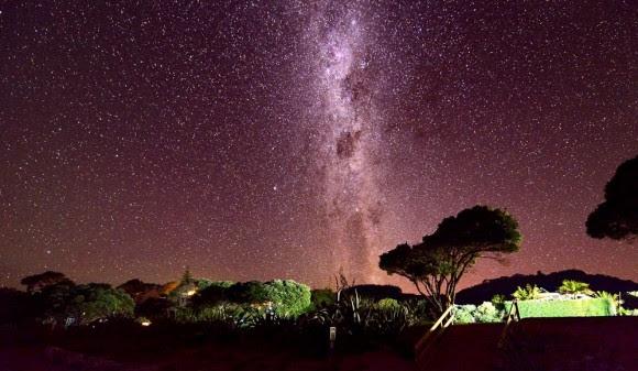 The Milky Way over New Zealand. Credit: Zhang Hong.