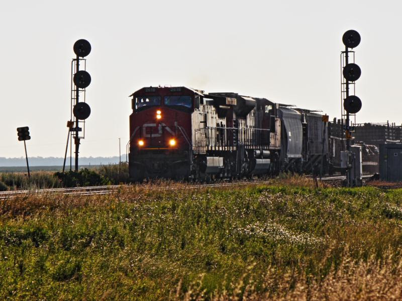 CN 2618 at Diamond outside Winnipeg