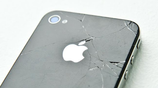 IPHONE users ar suing Apple, saying their updates prompted them to buy new devices they otherwise would not have bought