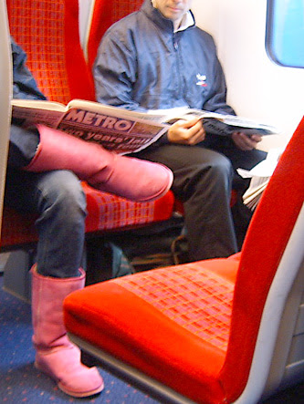 How not to wear coloured boots