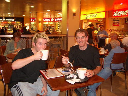 Lukas and Bjorn have a coffee and a rest at Euston 1412