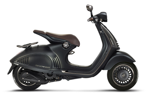 EA-VESPA-946-right-side2.jpg
