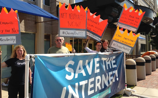 FCC approves plan to consider paid priority on Internet