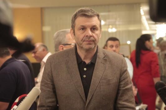 Απόστολος Γκλέτσος: Προτείνει τον Γιάννη Πανούση για νέο πρωθυπουργό - Νέα επίθεση σε Τσίπρα και Βαρουφάκη!
