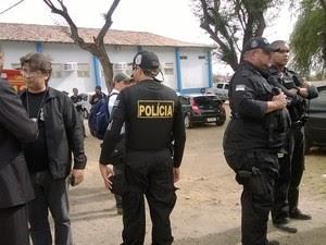 Vereadores presos serão encaminhados à penitenciária (Foto: Amanda Dantas / TV Asa Branca)