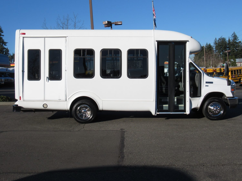 Northwest Bus Sales Inc 2010 Ford Startrans Senator 122