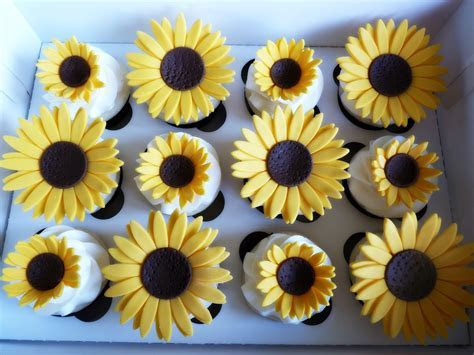 Sunflower cupcakes   Mimis Sweet Cakes & Bakes