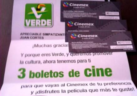 Los boletos de cine distribuidos por el PVEM. Foto: Tomada de Twitter