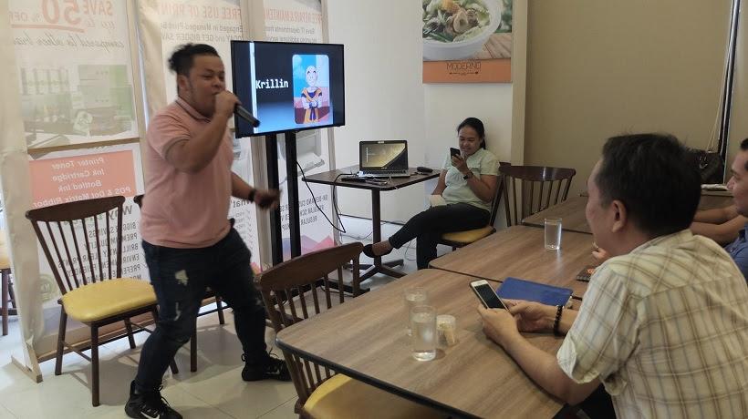 Voiceworx scholar Kelvin Lumibao entertains the class with voice impressions