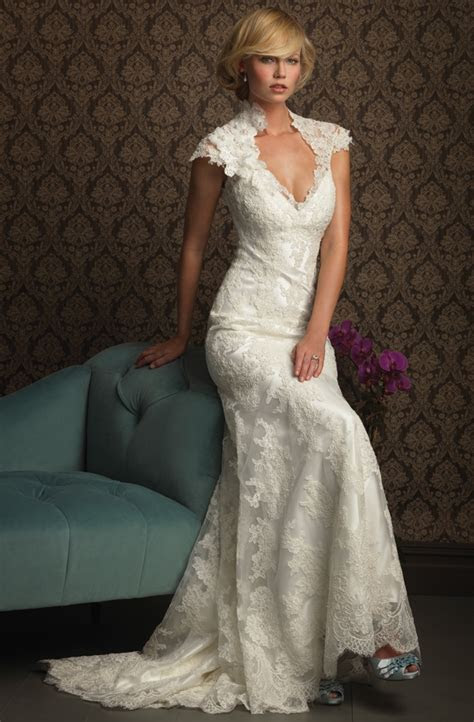 Show Your Beauty in Lace Wedding Dresses on Wedding