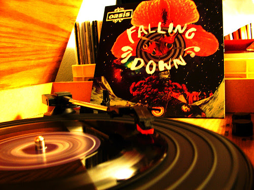 "Oasis - ""Falling Down"" 7 inch"