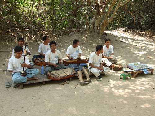 Khmer Traditional Band formed by victims of landmine.