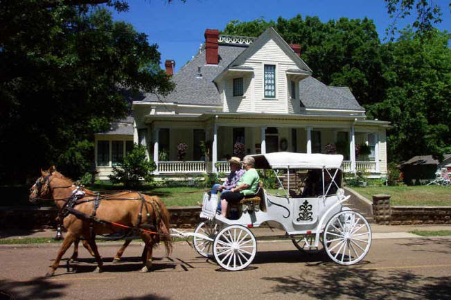Marshall, TX : Three Oaks Bed&Breakfast, Marshall, Texas
