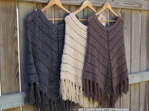 60 Patrones de Ponchos, bufandas y capas para invierno a crochet