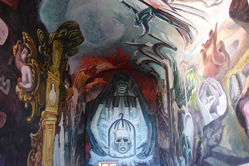 Murales de Cháves Morado en la Alhondiga de Granaditas