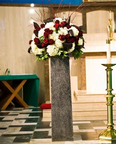 Sacramento Wedding Flowers  Melissa and Danny at The
