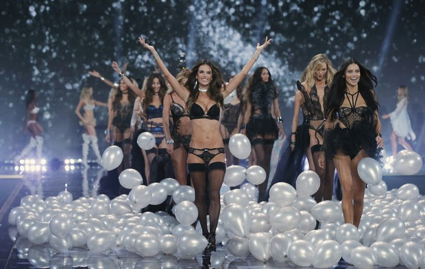 Victoria's Secret Fashion Show 2014 (Foto: Reuters)