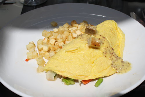 Lobster Omelette at Vu