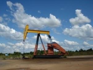 Franco afirma existencia de petróleo de alta calidad y en gran cantidad en el Chaco