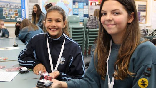 Girls explore IT careers on Auckland's North Shore