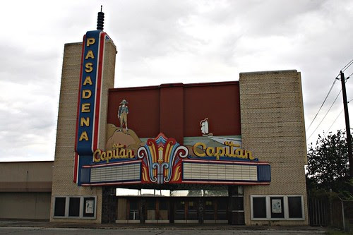 front right of the capitan theatre w/flash