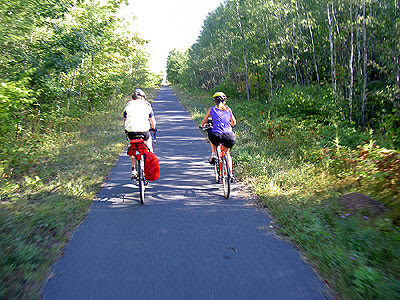 Kids Riding north on Munger Trail