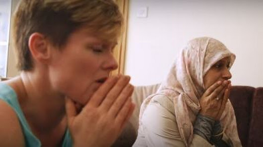 Documentary explores Islamaphobia by darkening a white lady's skin and giving her a fake nose