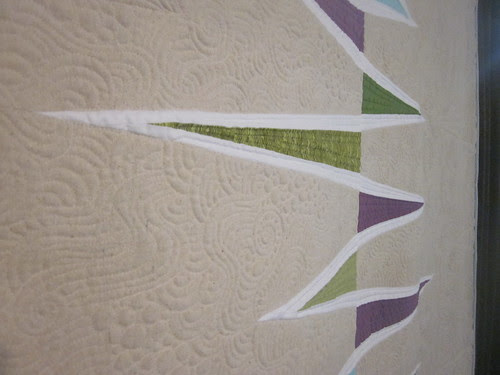 """""""Opposing Triangles"""" by Katie Pedersen, quilted by Krista Withers, close up"""