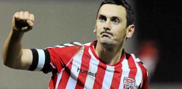 Mark Farren estava afastado do futebol desde 2014