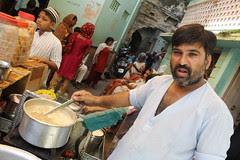 baba ali famous tea joint moti katla by firoze shakir photographerno1