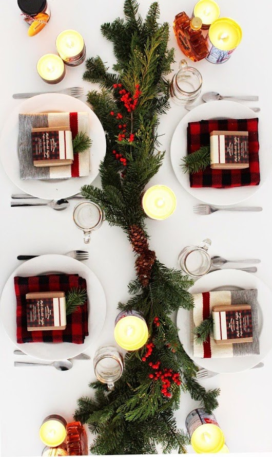 Holiday Entertaining Inspiration: 10 Gorgeous Winter Tablescapes | Christmas Party Decorations | Pinterest | Spin, Holidays and Inspiration