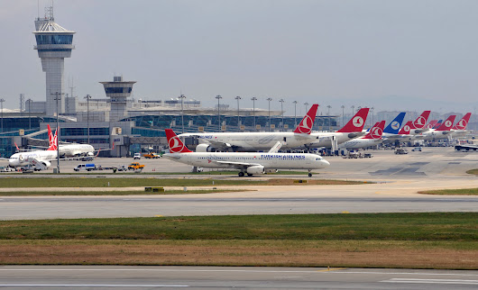Istanbul Ataturk Beats Frankfurt to Climb Europe's Airport Ranks