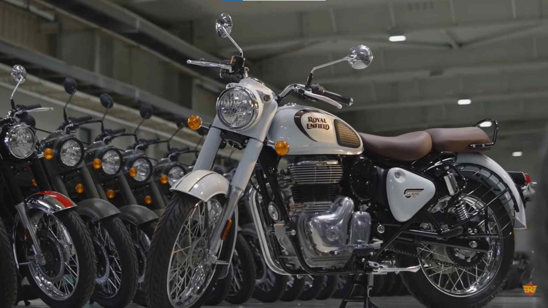The 2022 Royal Enfield Classic 350 has the same 349 cc engine as the Meteor 350. Image: Royal Enfield
