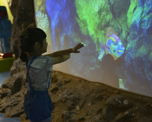 AM2 Products: Kids' colouring brought to life in iPlayCo's virtual aquarium