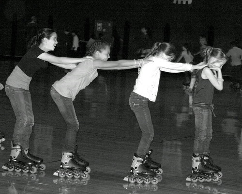 Skating Girls