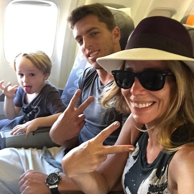 Amaury Nunes e Danielle Winits levaram o filho da atriz, Guy, para Punta