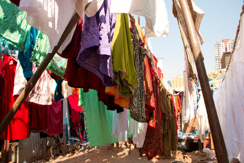 File:Clothes hanging to dry.jpg