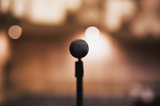 How to Become a Professional Speaker when You Have No Leads or Experience
