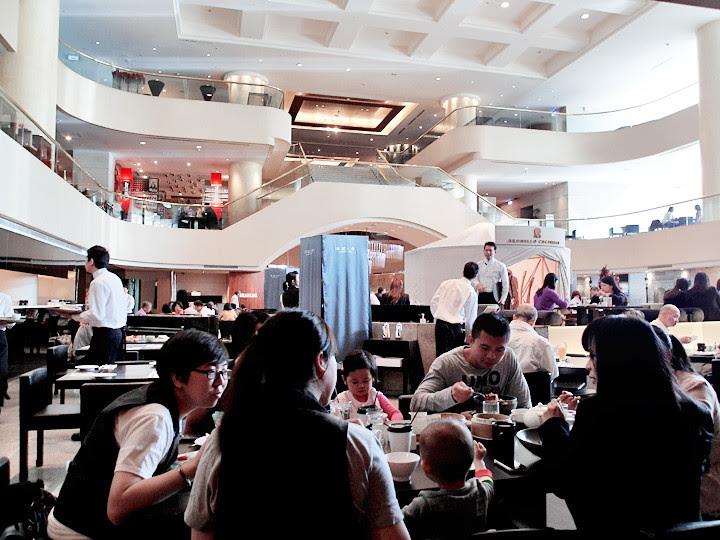 Azie Grand Cafe Regent Taipei