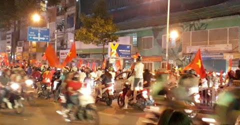 Tin Nóng Đường Phố Sài Gòn Có Bão Khi Việt Nam Vào Chung Kết