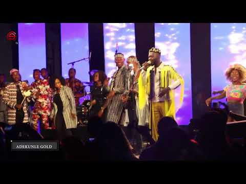 "WATCH VIDEO!!! ""ADEKUNLE GOLD"" AND HIS BAND SHUT DOWN ""ONE NIGHT STAND"" CONCERT"