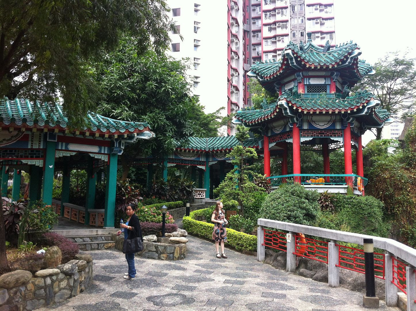 Wong Tai Sin Temple in Hong Kong photo 2013-09-291200_zps134666ad.jpg