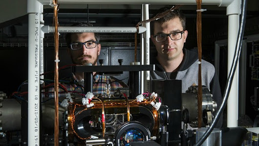Physicists successfully stop light, moves quantum computers closer to reality