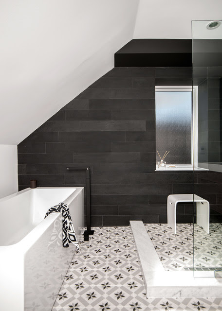 Efficient Use Of Your Attic 18 Sleek Attic Bathroom Design Ideas