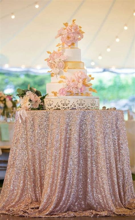 8 Decor Ideas for a Rose Gold Wedding   Gold table runners